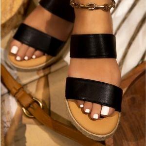 NWT Never Tamed Sandal